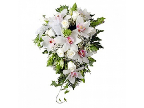 Букет невесты из 7 орхидей и роз