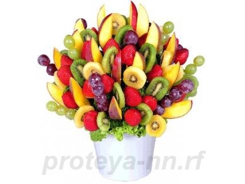 Букет из фруктов в горшочке