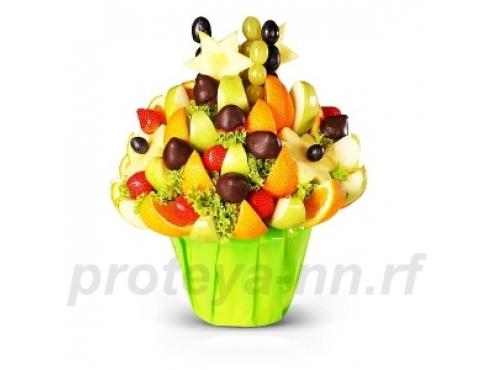 Десертный букет из фруктов