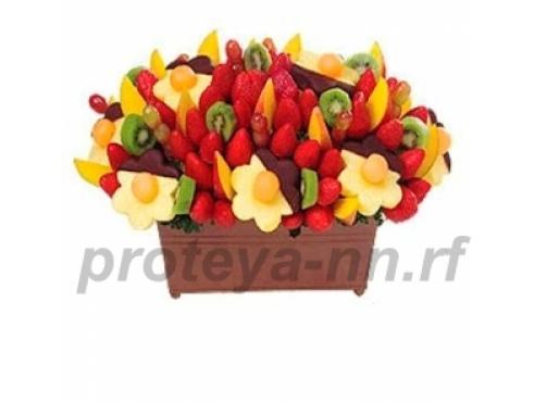 Большой букет из фруктов