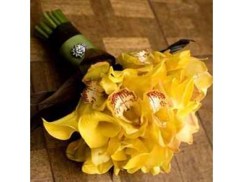 Букет невесты из орхидей с каллами