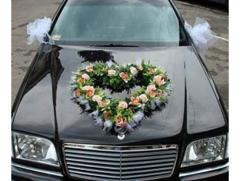 Свадебное украшение на капот авто