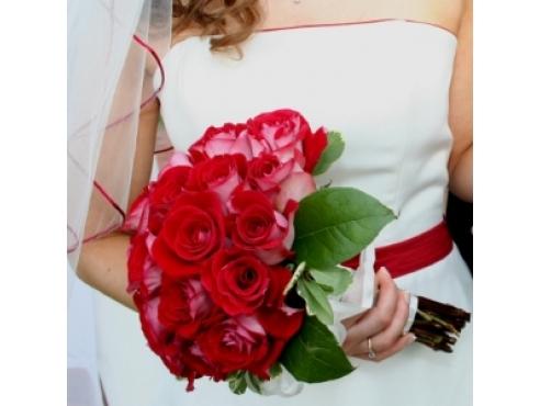 Букет невесты из эквадорских роз