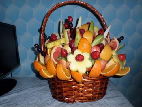 Большая фруктовая корзина